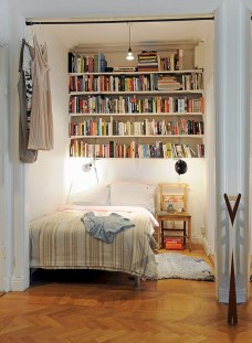Awesome Bedroom Storage Ideas For Small Spaces10