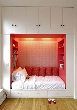 Awesome Bedroom Storage Ideas For Small Spaces17