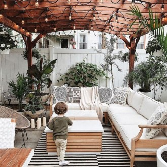 Awesome Outdoor Patio Decorating Ideas27