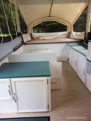 Best Wonderful Rv Camping Living Decor Remodel25