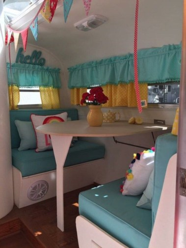 Gorgeous Rv Living Decoration For A Cozy Camping Ideas18