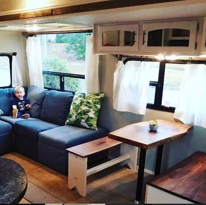 Gorgeous Rv Living Decoration For A Cozy Camping Ideas33