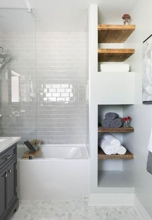 How To Decorate Your Small Bathroom Become More Comfortable And Beautiful45