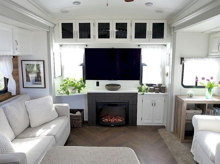 Super Creative Diy Rv Renovation Hacks Makeover46