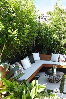 Amazing Backyard Decoration Ideas For Comfortable Your Outdoor25