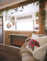 Amazing Rv Living Room Decorating Ideas For Comfortable Trip23