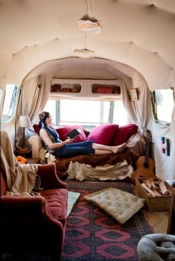 Amazing Rv Living Room Decorating Ideas For Comfortable Trip32