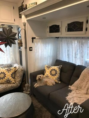 Amazing Rv Living Room Decorating Ideas For Comfortable Trip33