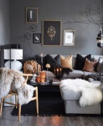 Attractive Winter Living Room Decoration Ideas For Warmth In The House05