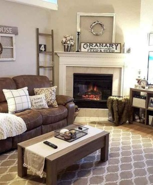 Attractive Winter Living Room Decoration Ideas For Warmth In The House35