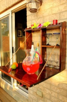 Awesome Outdoor Mini Bar Design Ideas You Must Have For Small Party03