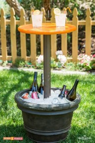 Awesome Outdoor Mini Bar Design Ideas You Must Have For Small Party20