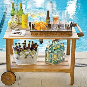Awesome Outdoor Mini Bar Design Ideas You Must Have For Small Party23