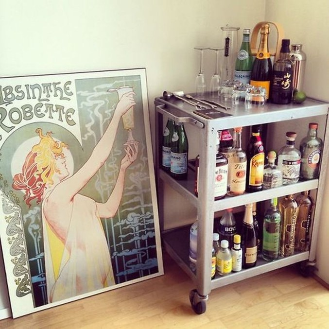 Awesome Outdoor Mini Bar Design Ideas You Must Have For Small Party44