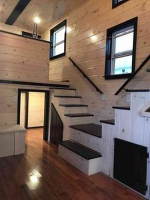 Awesome Tiny House Design Ideas For Your Family44
