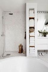 Beautiful Minimalist Bathroom Design Ideas For Your Home22
