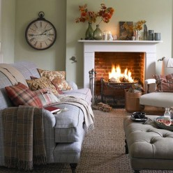 Beautiful Sofa Ideas For Your Small Living Room42