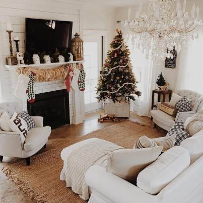 Best Christmas Living Room Decoration Ideas For Your Home08