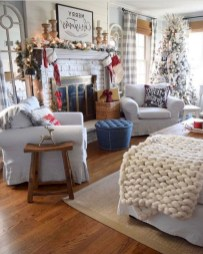 Best Christmas Living Room Decoration Ideas For Your Home11