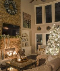 Best Christmas Living Room Decoration Ideas For Your Home27