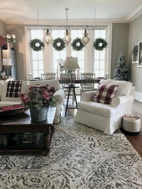 Best Christmas Living Room Decoration Ideas For Your Home31