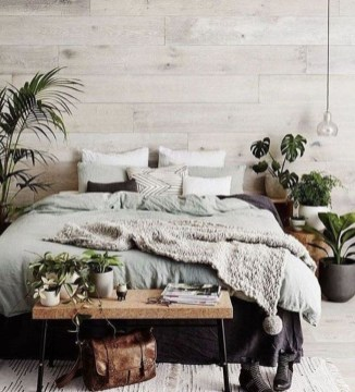 Chic And Warm Minimalist Bedroom Interior Ideas For Feel Comfort18