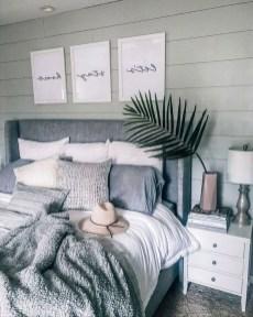 Cozy Bedroom Design Ideas To Make Your Sleep More Comfortable12