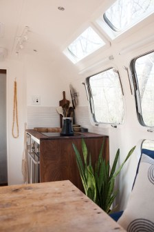 Elegant Airstream Decorating Ideas For Comfortable Holidays Trip36