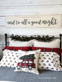 Impressive Christmas Bedding Ideas You Need To Copy04