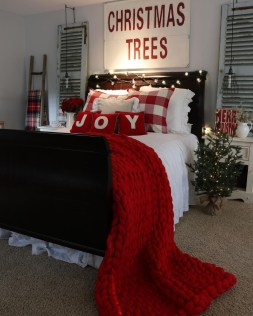 Impressive Christmas Bedding Ideas You Need To Copy16