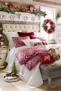 Impressive Christmas Bedding Ideas You Need To Copy29