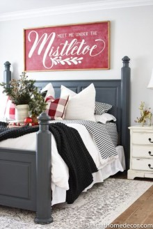 Impressive Christmas Bedding Ideas You Need To Copy34