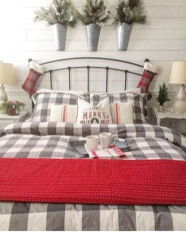 Impressive Christmas Bedding Ideas You Need To Copy36