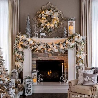 Marvelous Rustic Christmas Fireplace Mantel Decorating Ideas15