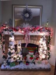 Marvelous Rustic Christmas Fireplace Mantel Decorating Ideas31