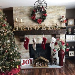 Marvelous Rustic Christmas Fireplace Mantel Decorating Ideas32