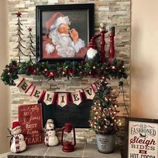 Marvelous Rustic Christmas Fireplace Mantel Decorating Ideas33