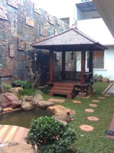 Minimalist Creative Garden Ideas To Enhance Your Small House Beautiful09