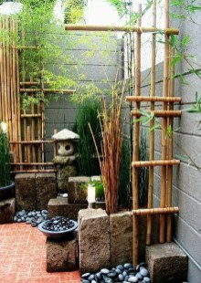 Minimalist Creative Garden Ideas To Enhance Your Small House Beautiful30