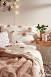 Special Bedroom Interior Decorating Ideas You Have To Apply34