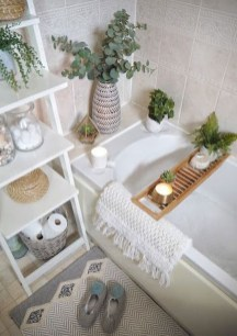 Tricks You Need To Know When Organizing A Simple Bathroom13