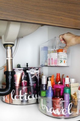 Tricks You Need To Know When Organizing A Simple Bathroom26
