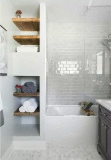 Tricks You Need To Know When Organizing A Simple Bathroom40