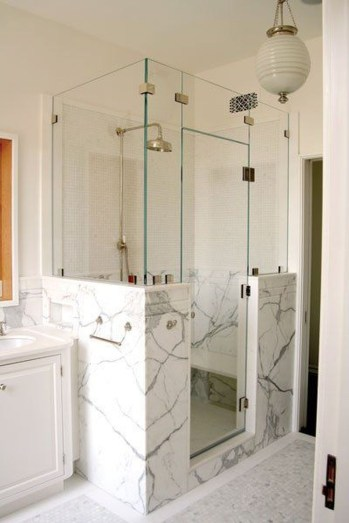 Amazing Small Glass Shower Design Ideas For Relaxing Space39