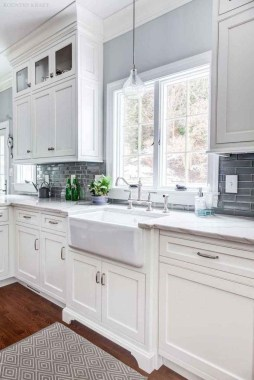 Awesome Farmhouse Kitchen Cabinet Design Ideas You Should Know That09