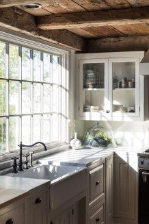 Awesome Farmhouse Kitchen Cabinet Design Ideas You Should Know That37
