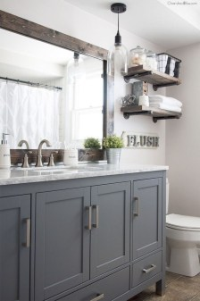 Best Gray And White Bathroom Ideas For04