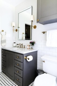 Best Gray And White Bathroom Ideas For35