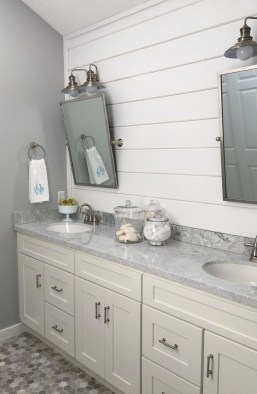 Charming French Country Bathroom Design And Decor Ideas On A Budget09