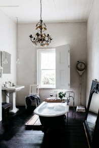 Charming French Country Bathroom Design And Decor Ideas On A Budget31